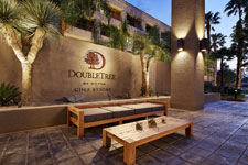 entrance sign for DoubleTree Golf Resort Palm Springs Area