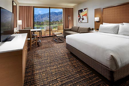 palm springs resort king guestroom