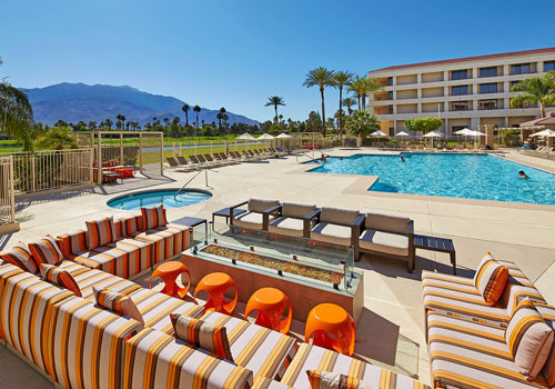 Pool at DoubleTree Palm Springs